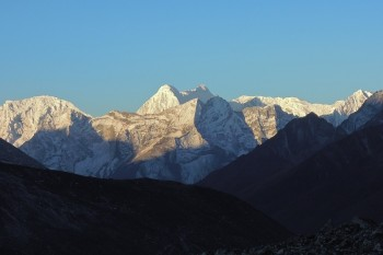 Everest and Cho La Pass